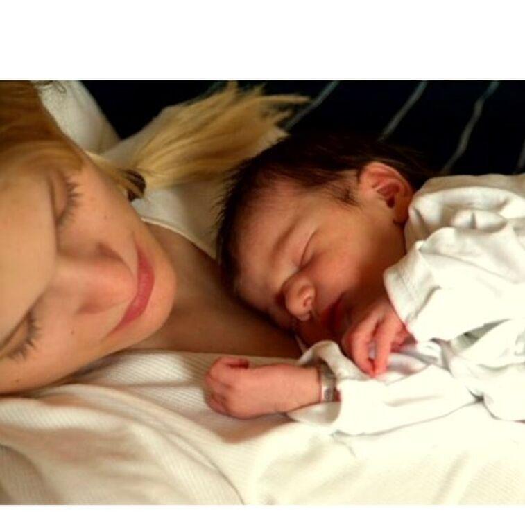 Η Αναστασία Περράκη μετά από καιρό ανέβασε φωτογραφία της κόρης της και μας άφησε άφωνους (pics)