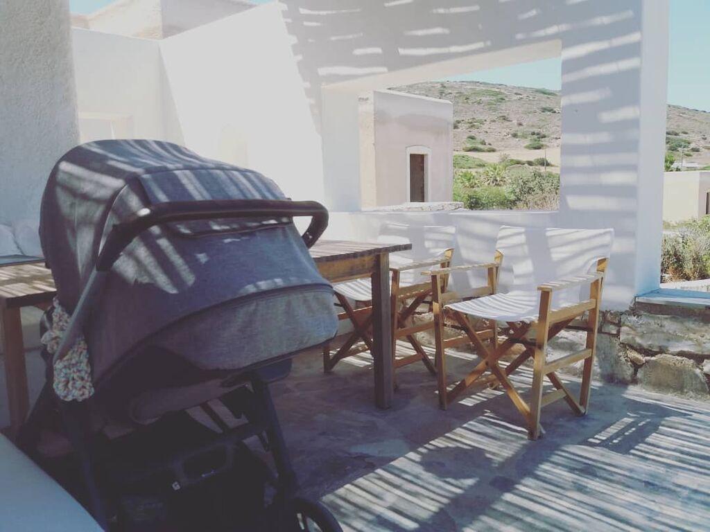 Αυτή είναι η φωτογραφία που ανέβασε η διάσημη μαμά από τις διακοπές της. Ο προορισμός παραμένει άγνωστος, σίγουρα όμως απολαμβάνει τις πρώτες διακοπές με το μωρό της.