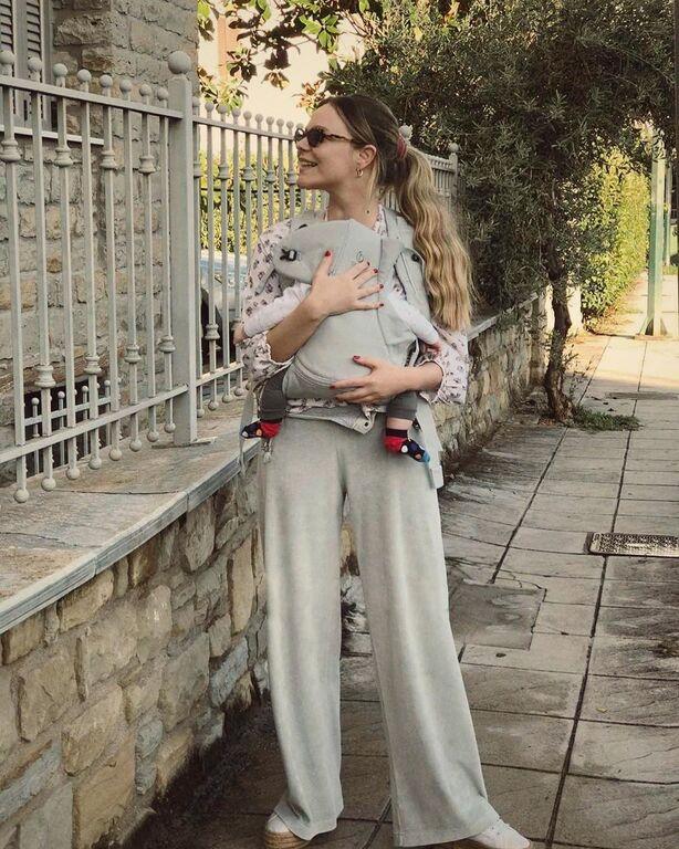 Γεωργία Αβασκαντήρα: Βόλτα με τον τεσσάρων μηνών γιο της