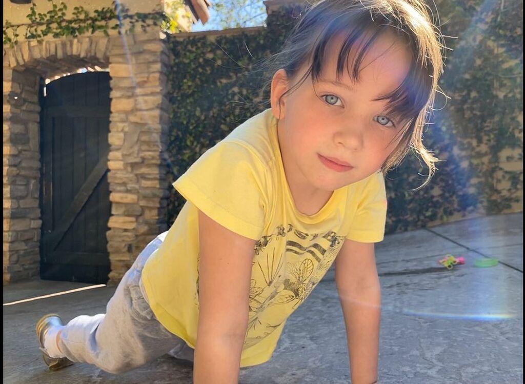 Αυτό το πανέμορφο μωρό είναι κόρη γνωστής ηθοποιού