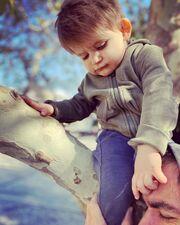 Cuteness overload! Ο γιος της Φωτεινής Αθερίδου είναι γλύκας(pics)