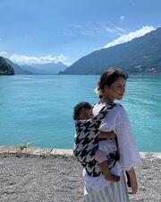 Μαμά φωτογραφίζεται με την κόρη της και γίνεται viral στο Instagram