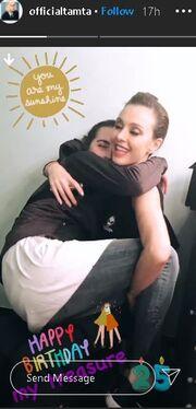 Τάμτα: Η φωτογραφία με την κόρη της και η ευχή για τα γενέθλιά της