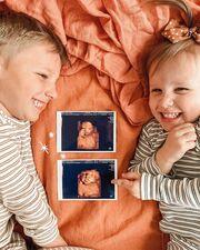 Όταν τα παιδιά περιμένουν αδερφάκι - Δείτε υπέροχες φωτογραφίες