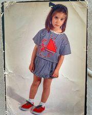 Τι να σκεφτόμουν άραγε; #ότανψάχνειςβρίσκεις #τιςκυριακές #littleme #μικρόναυτάκι #postfrompast #oldphoto