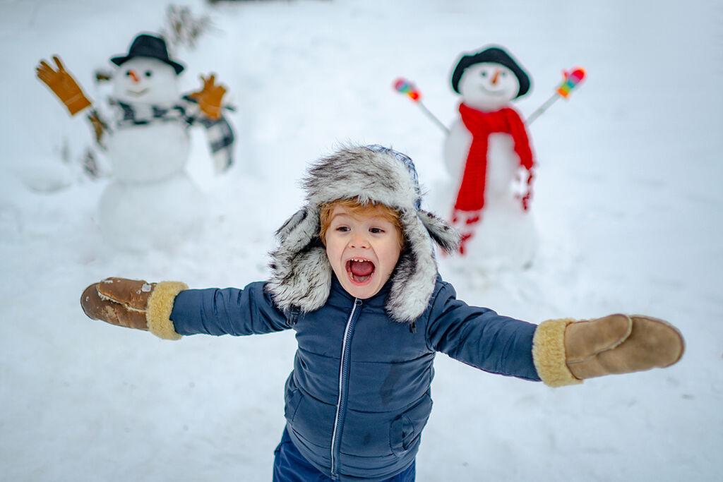 Είναι αισιόδοξα - Μπορεί να έχουν γεννηθεί έναν μουντό και χειμωνιάτικο μήνα, τα παιδιά του Δεκεμβρίου όμως φαίνεται ότι βλέπουν τη ζωή με μία πιο αισιόδοξη ματιά.
