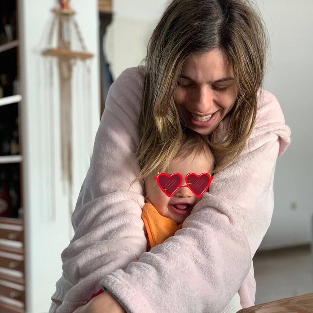 Αλεξάνδρα Ταβουλάρη: Βάφτισε την κόρη της - Δείτε φώτο