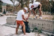 Η Βίκος συμβάλλει στον καθαρισμό της ηπειρωτικής ακτογραμμής από το πλαστικό