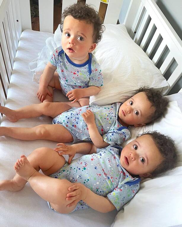 Instagram @identical_triplet_mama