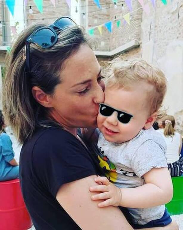 Αλεξάνδρα Ούστα: Στη θάλασσα με τον γιο της - Δείτε πώς τον φωτογράφισε