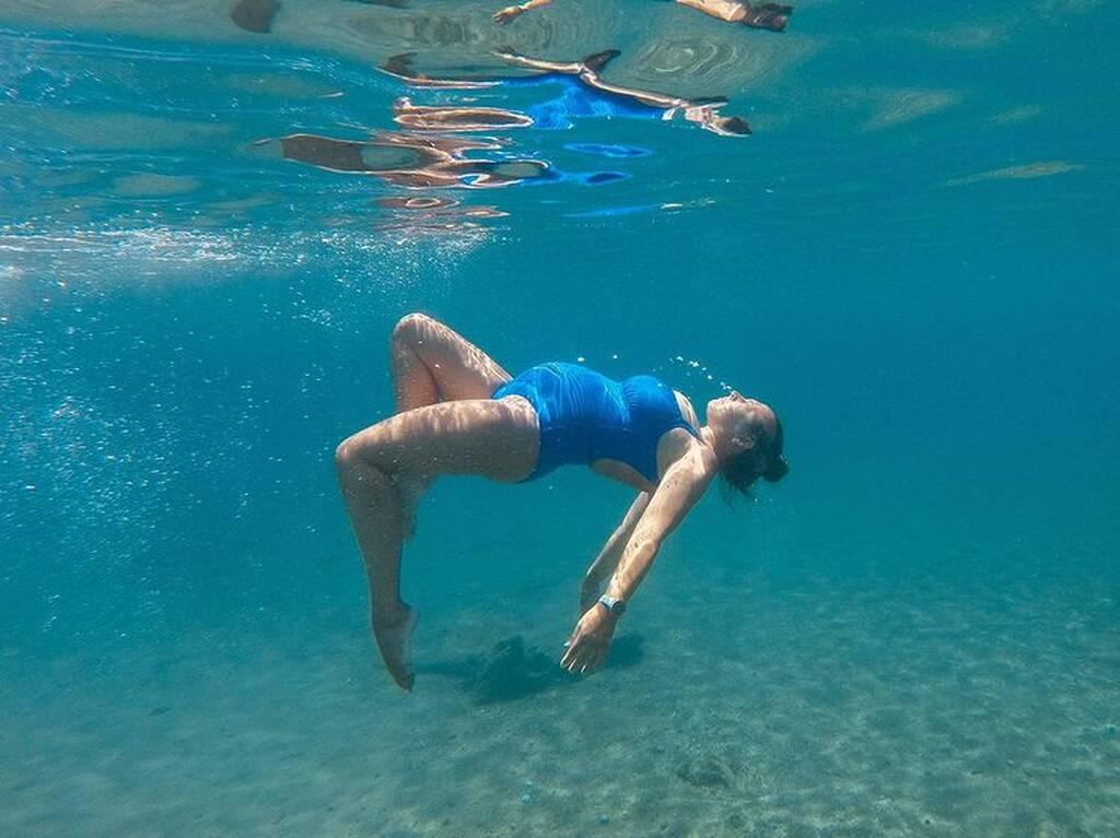 Κλέλια Πανταζή: Η υπέροχη φωτογραφία της με μαγιό και φουσκωμένη κοιλίτσα