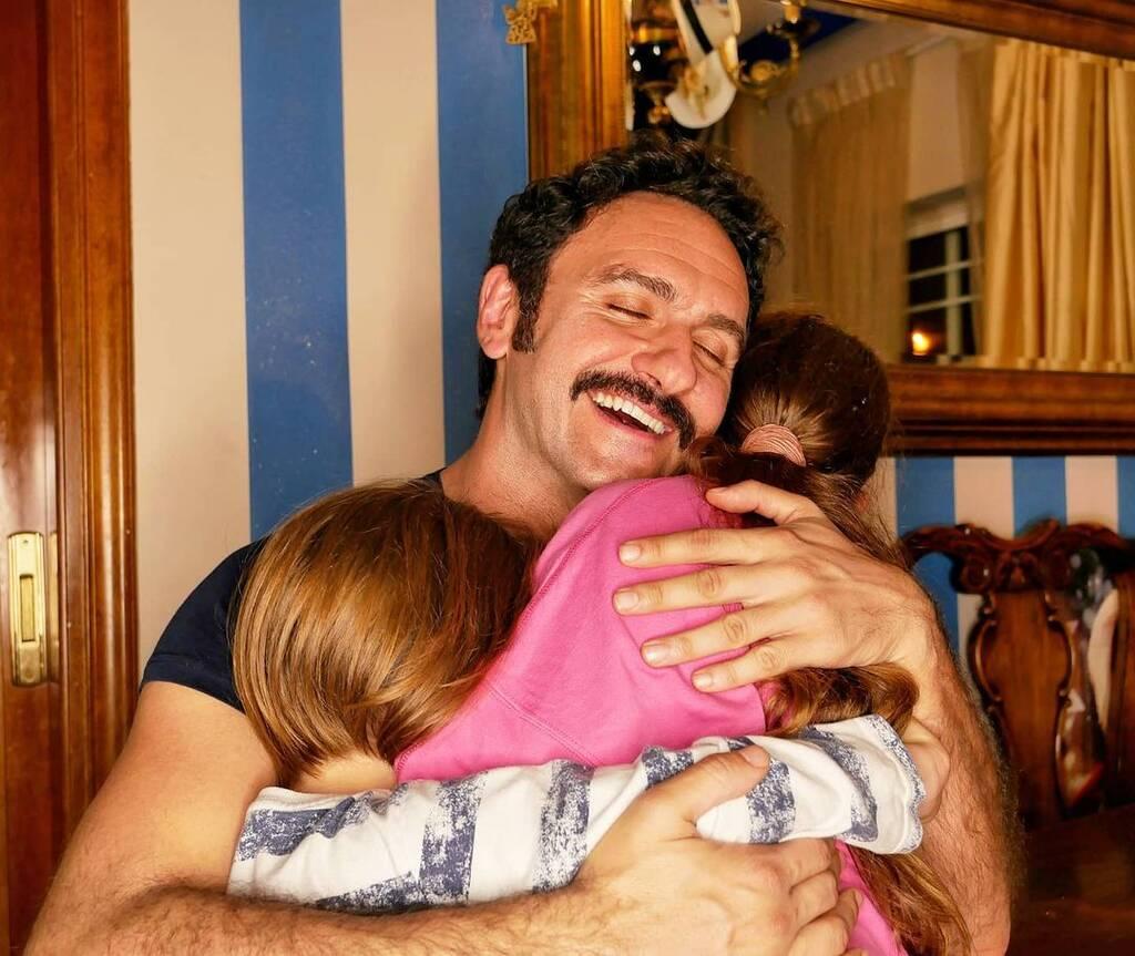 Ηλίας Μελέτης: Η τρυφερή ανάρτηση με την κόρη του, Κοραλένια