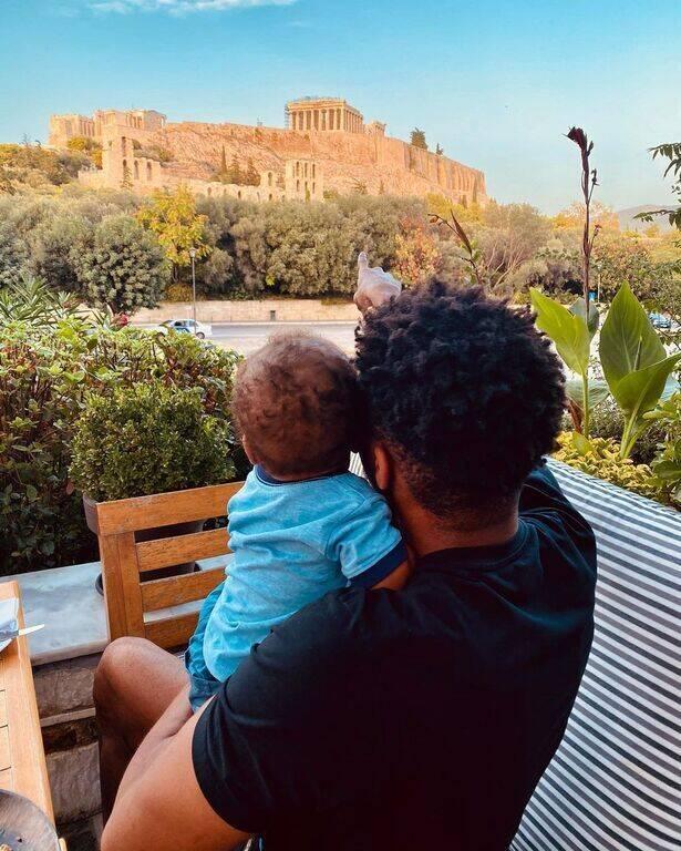 Γιάννης Αντετοκούνμπο: Έγινε μπαμπάς για 2η φορά - Η πρώτη φώτο με τον γιο του