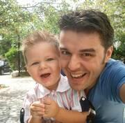 Πέτρος Πολυχρονίδης:  Η κόρη του έγινε 11 ετών - Οι όμορφες φωτογραφίες της