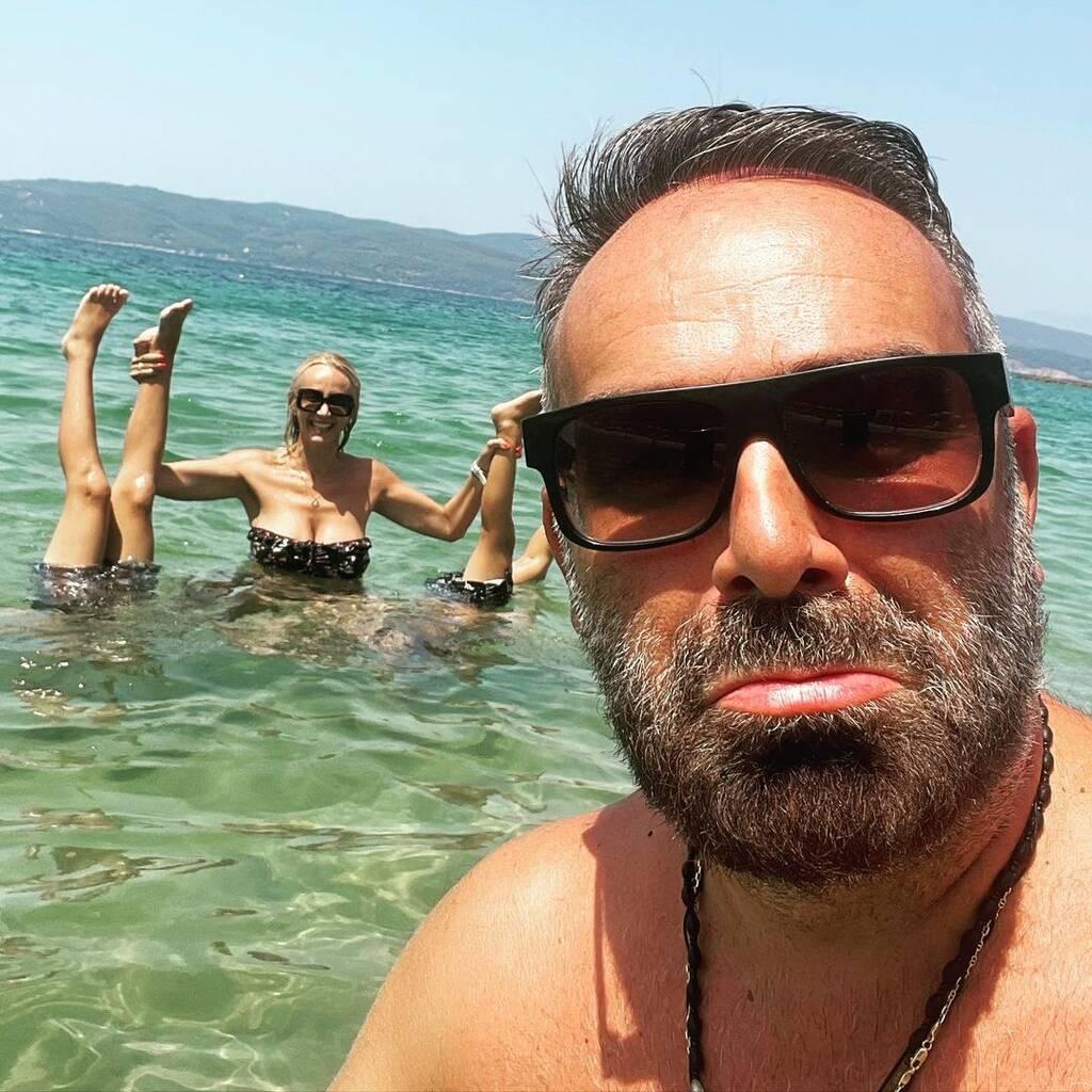 Γρηγόρης Γκουντάρας - Ναταλί Κάκκαβα:Οι γιοι τους μεγάλωσαν πολύ - Δείτε φώτο