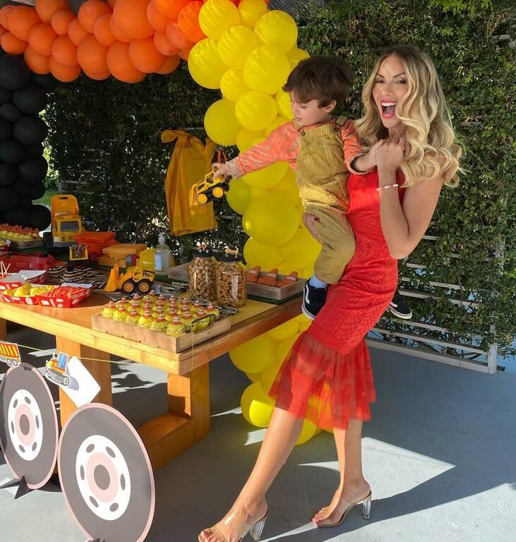 Μαρία Λουίζα Βούρου: Το εκπληκτικό πάρτι που διοργάνωσε για τον γιο της Ιάσονα (εικόνες)