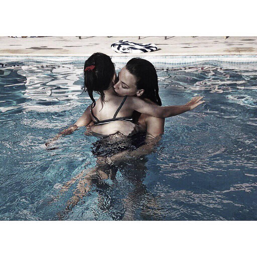 Σοφία Φαραζή: Φωτογραφίζεται μετά από καιρό με την κόρη της