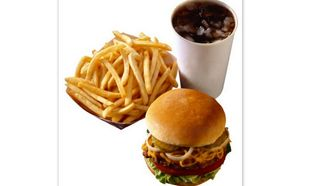 Γιατί τα παιδιά δεν πρέπει να τρώνε junk food!