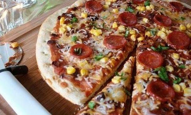 Συνταγή για μια ιδιαίτερα νόστιμη πίτσα με μεξικάνικη γεύση