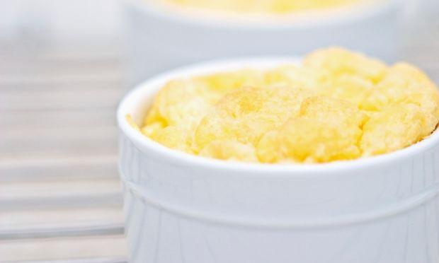 Εύκολη και θρεπτική τυρόπιτα-σουφλέ