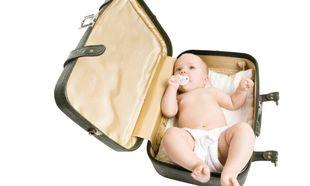 Οι πρώτες διακοπές του μωρού μου! Τι να βάλω στη βαλίτσα του;