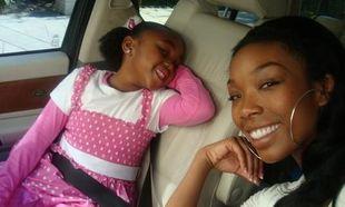 Brandy: Η ειλικρίνεια βασικό στοιχείο στη σχέση μου με την κόρη μου