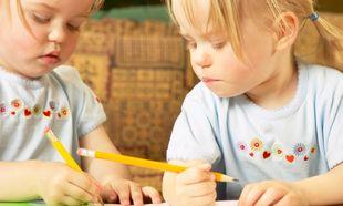 Πώς θα μάθω στο παιδί μου να γράφει;