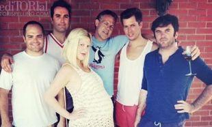 H Tori Spelling παρουσιάζει το πάρτι για την τέταρτη εγκυμοσύνη της
