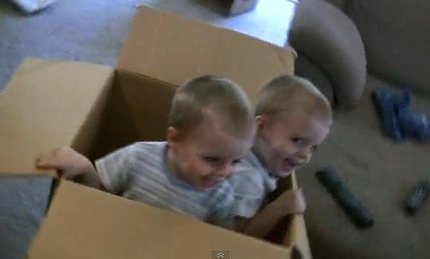 Βίντεο: «Έκπληξη… είμαστε μέσα στο κουτί!»
