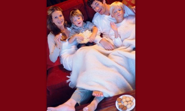 Οργανώστε μία βραδιά ταινιών με τα παιδιά σας στο σπίτι!