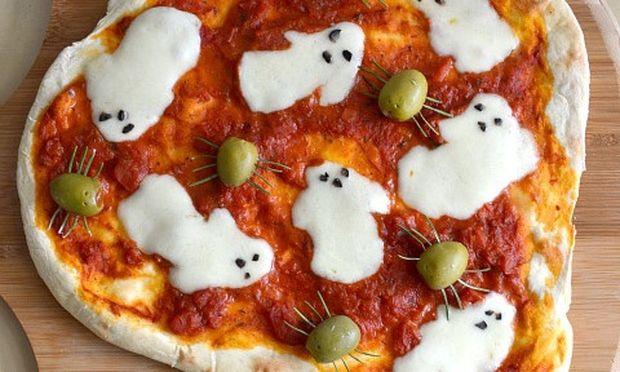 Πίτσα με φαντασματάκια!
