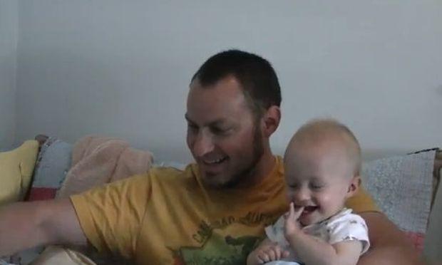 Βίντεο: Ιστορίες γέλιου από τον Micah!