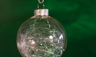 Φτιάξτε Χριστουγεννιάτικες μπάλες από… συνδετήρες!