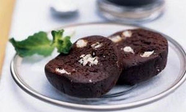 Επιδόρπιο σοκολάτας που δεν χρειάζεται ψήσιμο