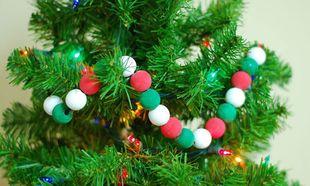 Γιρλάντα για τα Χριστούγεννα από χάντρες