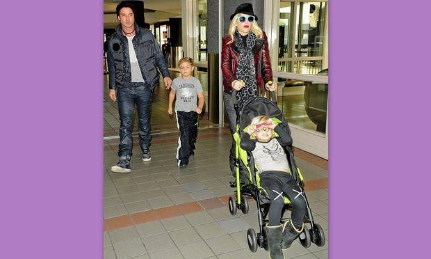 Gwen Stefani και οικογένεια… Έτοιμοι για διακοπές