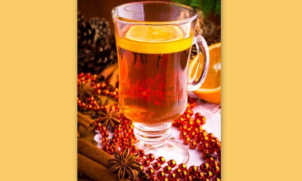 Υπέροχο ζεστό κρασί με τσάι και φρούτα!