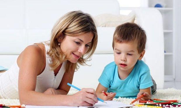 Μάθετε να αναγνωρίζετε πότε το παρακάνετε στο χρόνο που περνάτε με τα παιδιά σας