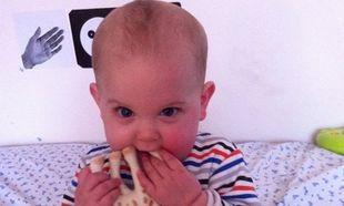 Peaches Geldof: Ο μικρός της Astala βγάζει τα πρώτα του δοντάκια