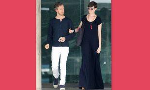 Έγκυος η Anne Hathaway;