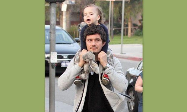 Orlando Bloom-Flynn:  Μπαμπάς και γιος συναγωνίζονται σε γοητεία!