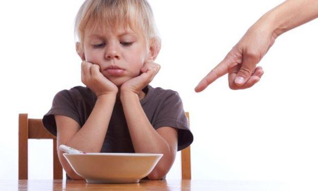 Πώς θα καταλάβετε ότι το παιδί σας δεν τρώει σωστά;