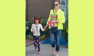 Jessica Alba: Σε σαλόνι ομορφιάς με τη στυλάτη κόρη της!