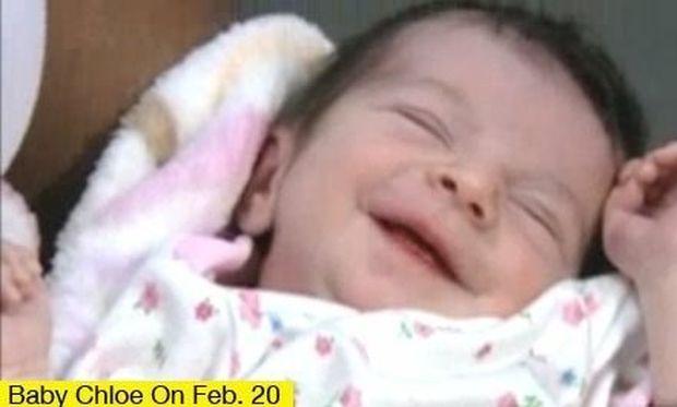 Νεογέννητο βρέθηκε από περαστική μέσα σε σακβουαγιάζ σε δρόμο του Τέξας!
