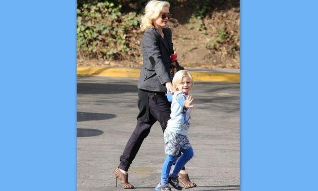 Ο γιος της Gwen Stefani τα πάει καλά με τα φώτα της δημοσιότητας!