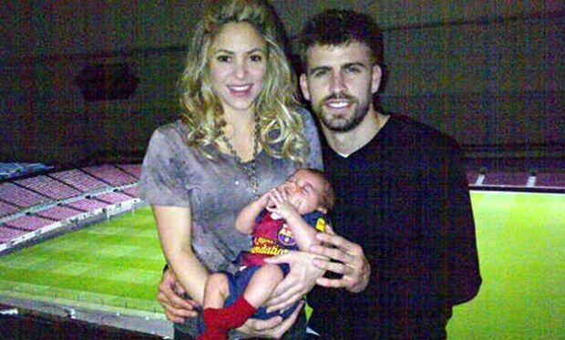 Η φωτογραφία της οικογένειας Piqué που κάνει τον γύρο του κόσμου!
