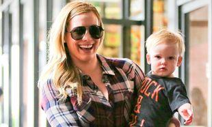 Hillary Duff: Ο γιος της έγινε ενός και εκείνη χαμογελάει πλατιά!