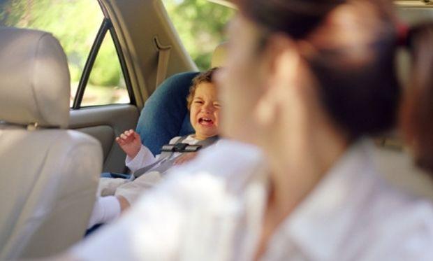 Μητέρα που άφησε το μωρό της στο αυτοκίνητο για να ψωνίσει, αντιμετωπίζει κατηγορίες για κακούργημα!