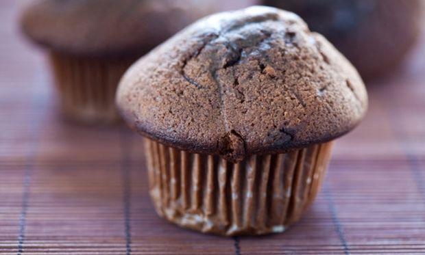 Υπέροχο κέικ με ρευστή σοκολάτα έτοιμο σε δέκα λεπτά!