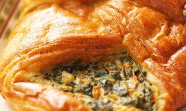 Γεμίστε κρουασάν με σπανάκι και τυρί κρέμα!